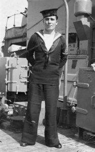 กางเกงขาบาน ทหารเรือ